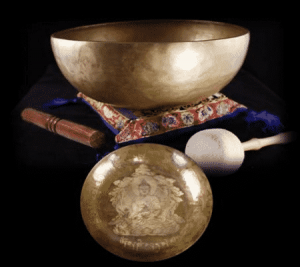 Medicine Buddha Singing Bowl (2000 - 2200 grams / 28 cm)
